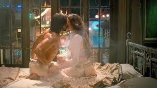 Ram Leela: Ranveer, Deepika's longest lip-lock Ever in Bollywood