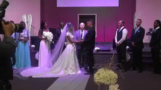 CÉRÉMONIE DU MARIAGE ENTRE LA SŒUR BERMUDA ET LE FRÈRE COREY