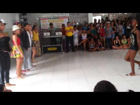 Gincana colégio parque disputa de dança Funk