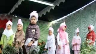 Maulid Nabi Madrasah Ath - Thohiriyah Biru Karangpawitan Garut.mp4