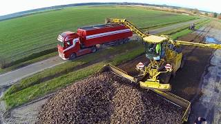 Self-propelled cleaning and overload trailer for sugar beet   | Hack Harvest