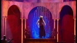 Jennifer Lopez - Ain't It Funny - live HQ