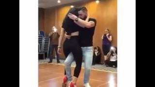 Böyle dans gormediniz ( İnteresting dance)