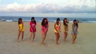St.319 Girls dancing on the beach =)