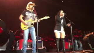 Live - Without A Fight Brad Paisley ft.  Demi Lovato.