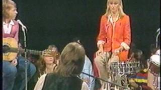 Bee Gees & Abba - Jamming With Olivia Newton-John And Andy Gibb.mpg