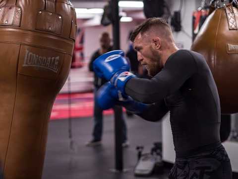Conor McGregor Working the Bag in Cali TheMacLife