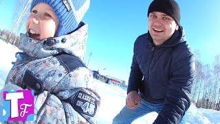 ВЛОГ Прогулка зимой Озеро БАННОЕ Отдых в отеле Надежда ДЕТИ веселятся и бегают VLOG Walking