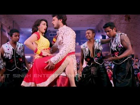 Xxx Mp4 चला चदरा में अदरा Khesarilal Yadav Akshra Singh Bhojpuri Stage Show Live Song 3gp Sex