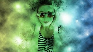 Tutorial Photoshop CS6 - Cosmic Disintegration effect (ShadowTutorials)