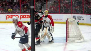 Roberto Luongo in action during the Panthers @ Senators hockey game