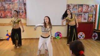 Crazy Kiya Re - dance group Lakshmi