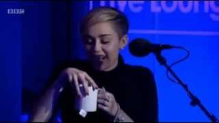 Miley Cyrus - Wrecking Ball (BBC Radio 1 Live Lounge)
