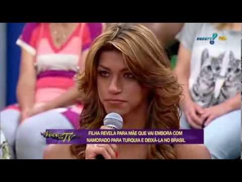 Você na TV Filha transexual revela que vai embora com namorado para Turquia