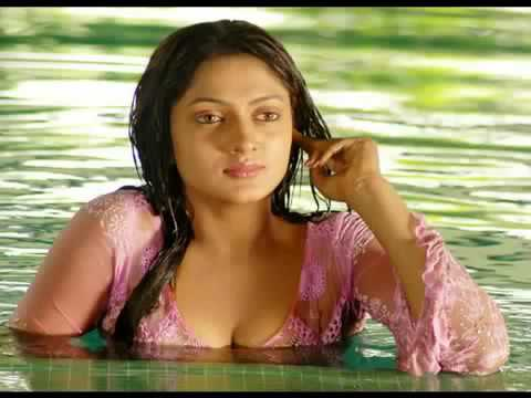 Sexy South Indian Actress Sheela Hot video