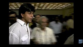 Shah Rukh Khan and Manisha Koirala at music release of Laawaris film