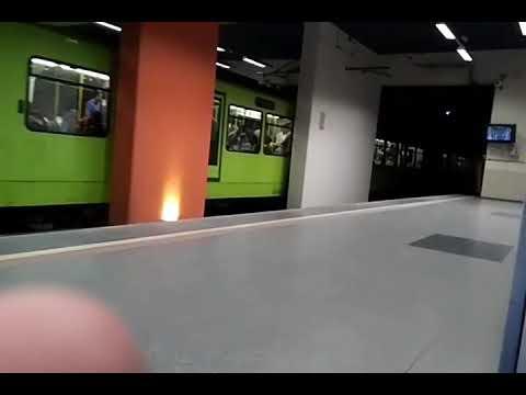Bursa Metrosu , Acemler İstasyonu, Kestel Yönü (13 Ağustos 2017)