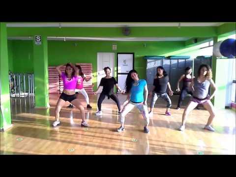 Casa sola reggaeton fusion fitness
