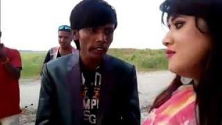 Download সবাই যদি মা বোন হয় তাইলে বিয়া করুম কারে   হিরো আলমের দমফাটা হাসির ভিডিও। Bangla Funny Video 3Gp Mp4