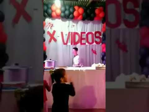 Xxx Mp4 Rapaz Ganha Festa Surpresa Com O Tema XVIDEOS 3gp Sex