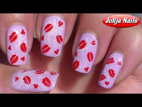 Поцелуйчики на ногтях