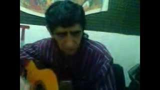En la radio ( Canto yo El ''Paisito'' El tema de los Olimarenios )