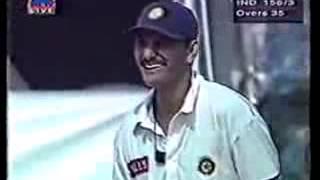 Azharuddin Saying To Afridi  Thora Time De K Daal Na