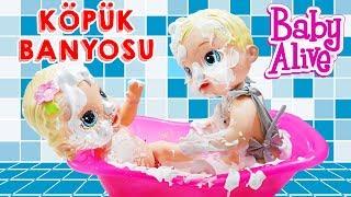 Baby Alive Sihirli Peri ve Lily Evde Tek Başına Köpük Partisi Yapıyor   Oyuncak Butiğim