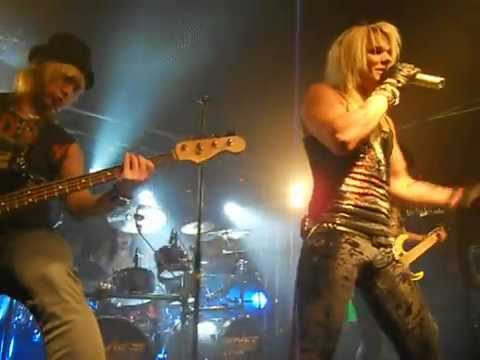 Reckless Love - Born to Break Your Heart 17/2/12 Salo