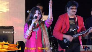 Alka Yagnik singing Aisi Deewangi Dekhi Nahi Kahin song at DFWICS Diwali Mela 2015 at Dallas.