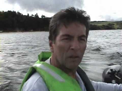 Prueba de motor fuera de borda suzuki 2.5 hp en bote inflable intex mariner 4