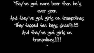Girls on trampolines Ludo lyrics