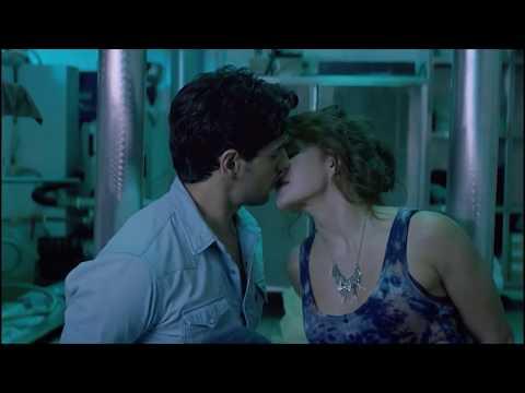 Jacqueline Fernandez All Kissing Hot Scenes in A Gentleman