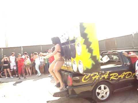 garota tantao agito automotivo formiga