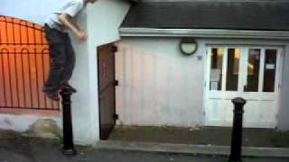 justin bieber falling on his balls (((BEST EVER!!!)))
