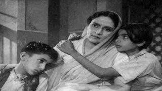 Quila Hai Buland Dekho - HUM EK HAIN - Dev Anand, Durga Khote