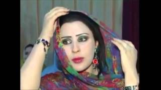 lovely arab lady.goray rang pe na itna gumaan kar