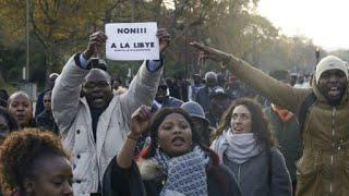 """المئات يتظاهرون بالعاصمة الفرنسية ضد """"العبودية"""" في ليبيا"""