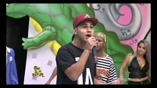 Gostosa de sainha dançando funk - Jacaré NGT