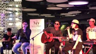 Like I'm gonna lose you cover by Room39 at My kitchen Siam Discovery