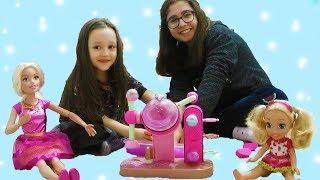 ÖYKÜ ODASINA GİRİNCE ÇOK ŞAŞIRDI Barbie, Chelsea doll at home Wheels On The Bus Music Fun kids vides