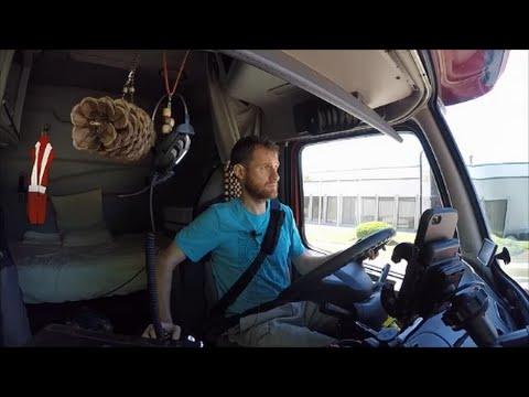Praca kierowcy trucka na lokalu w USA