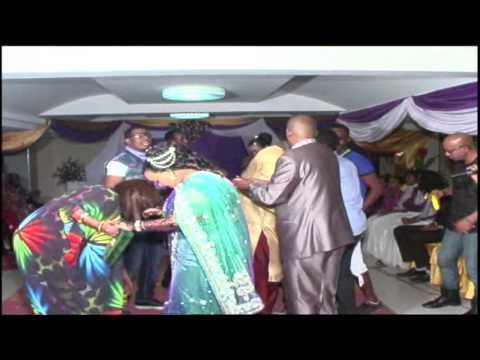 iidle yare aroos wacan live alteso wedding in nairobi