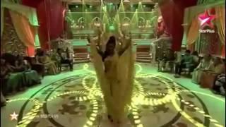 Sanaya irani bahara dance