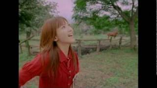 モーニング娘。 『歩いてる』 (MV)