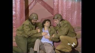 Massimo Troisi - La Smorfia - La Guerra - 1979