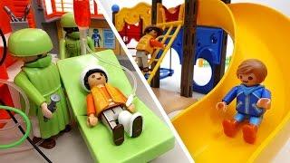 Be Careful on The Playground~! PLAYMOBIL Playground & Hospital Toys Play