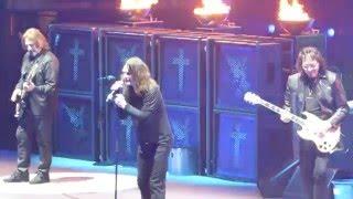"""Children of the Grave(Tony Laughs at Ozzy)"" Black Sabbath@Madison Sq Garden New York 2/27/16"
