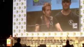 Amell Introduces John Constantine Hall H SDCC 2014 San Diego Comic-Com