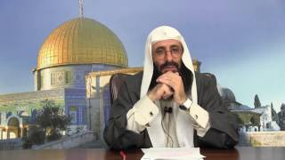 متخصّص بالدفاع عن ابن تيمية؛ تورّط مع الإمام ابن إبراهيم، فأذهله الإمام وأذهلنا!
